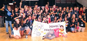 Students, Hawai'i History Day 2015 group picture with teachers and kids