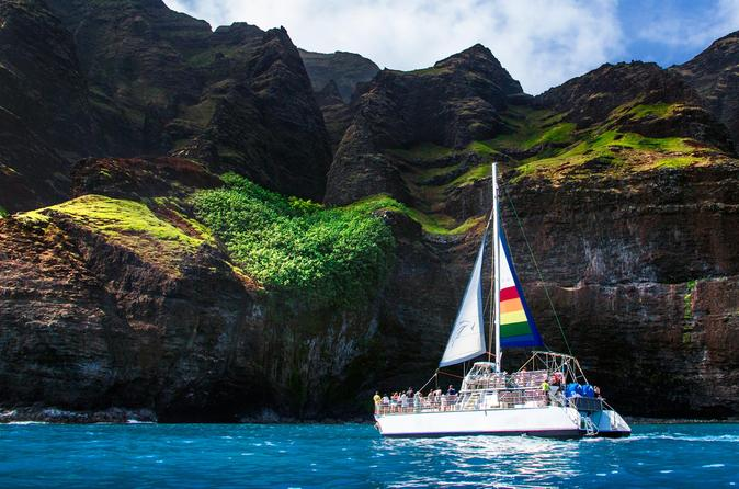 Deluxe Na Pali Snorkel Tour On Kauai With Optional Scuba on Kauai