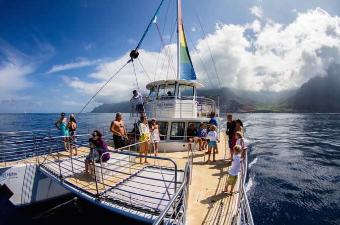 Niihau and Na Pali Coast Snorkel Cruise & Optional Scuba on Kauai