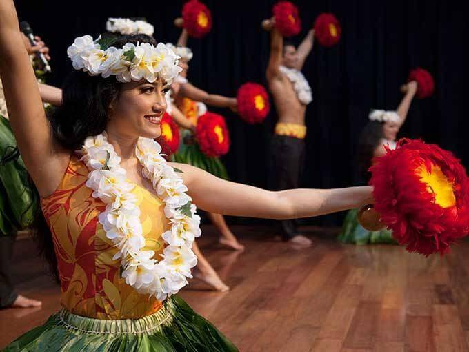 Hawaii family vacations aren't complete without some hula dancing! See live hula shows at Ala Moana Center on Oahu