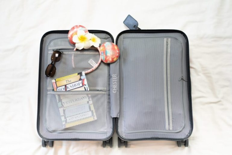 Tips for what to take to Hawaii on a Budget featured by top Hawaii blog, Hawaii Travel with Kids: Save money on luggage by using carry on luggage and skipping the checked bag fees