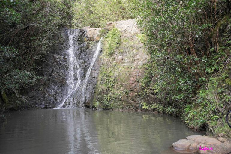 12 Breathtaking Oahu Waterfall Hikes featured by top Hawaii travel blog, Hawaii Travel with Kids | Laie Falls, Oahu, Hawaii