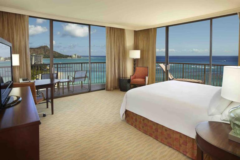 Top 8 Romantic Oahu Honeymoon Resorts featured by top Hawaii blog, Hawaii Travel with Kids: Hilton Hawaiian Village Rainbow Corner Ocean Front Room