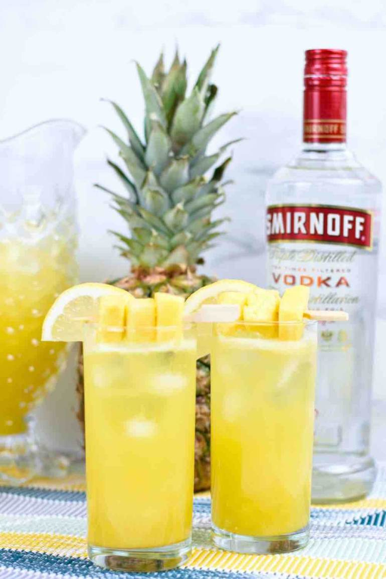 Pineapple Vodka Lemonade tropical cocktail by top Hawaii blog Hawaii Travel with Kids