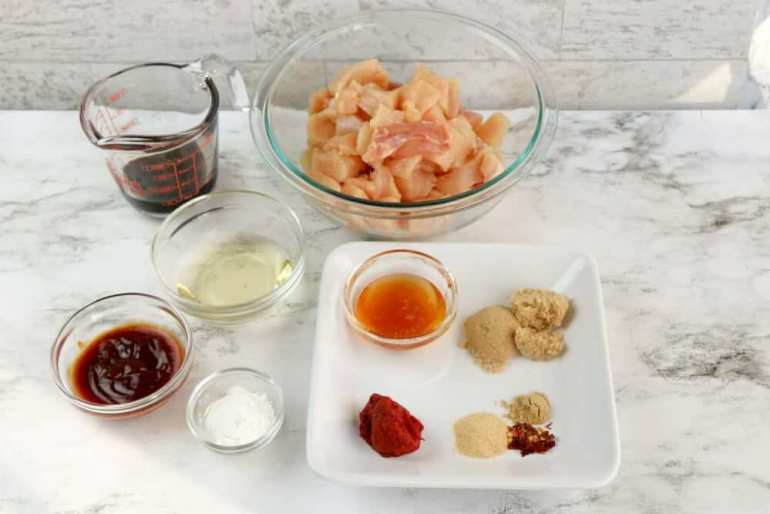 Ingredients for general tso chicken. Image of bowls of ingredients.