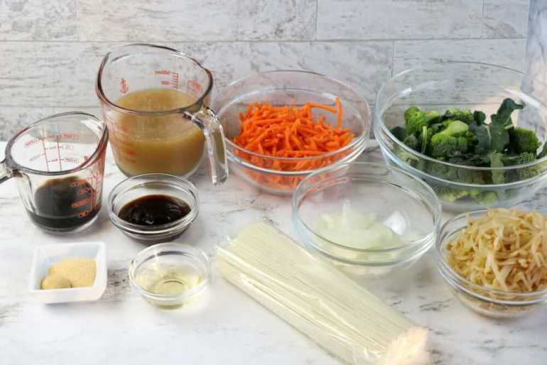 Vegetable Lo Mein ingredients. Image of bowls full of vegetables and sauces.