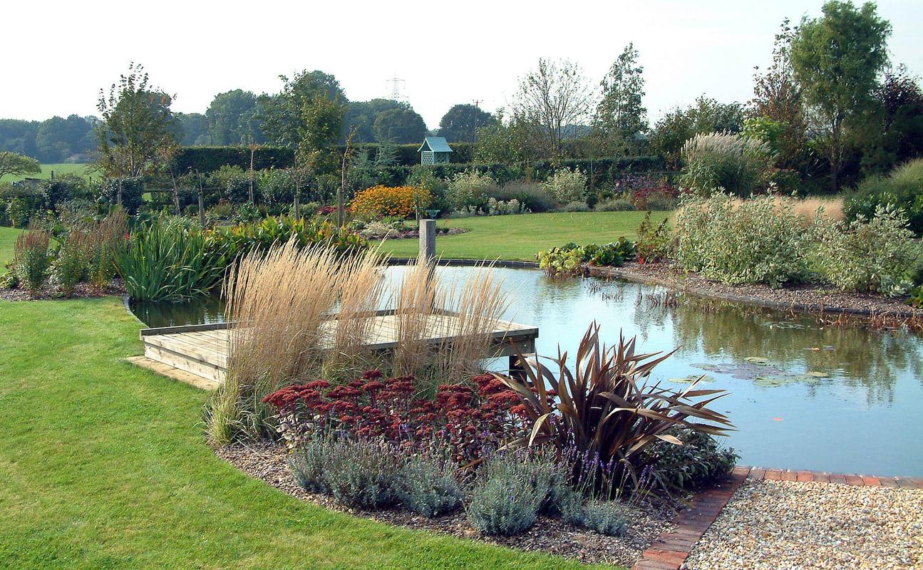 Large garden pond designs | Hawk Haven on Backyard Pond Landscaping Ideas  id=66311