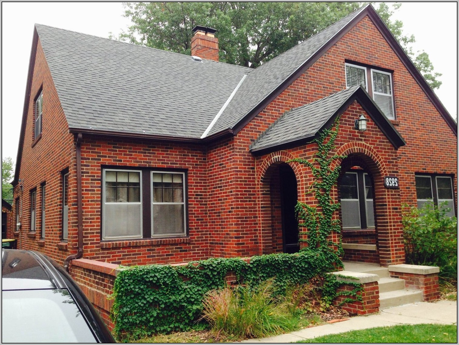 Exterior paint colors red brick   Hawk Haven on Brick House Painting Ideas  id=57890