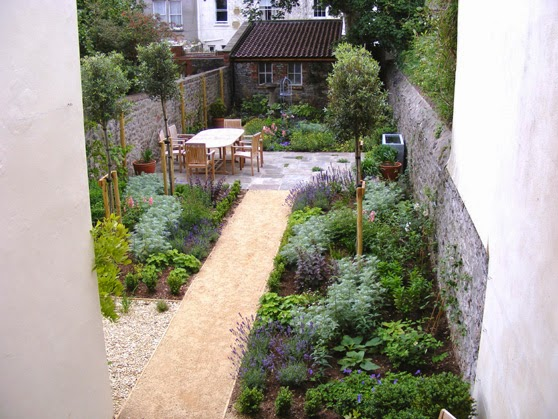 Garden design ideas long narrow gardens | Hawk Haven on Long Narrow Backyard Design Ideas id=77790
