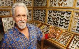 e-olimp 3966. An ardent collector of butterflies