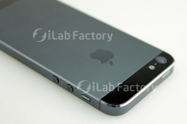 Iphone parts image20120731 2