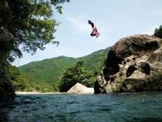 川、飛ぶ、ぼく