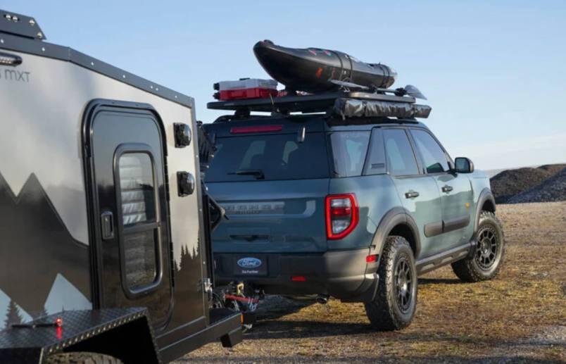Ford-Bronco-Sport-Badlands-arka