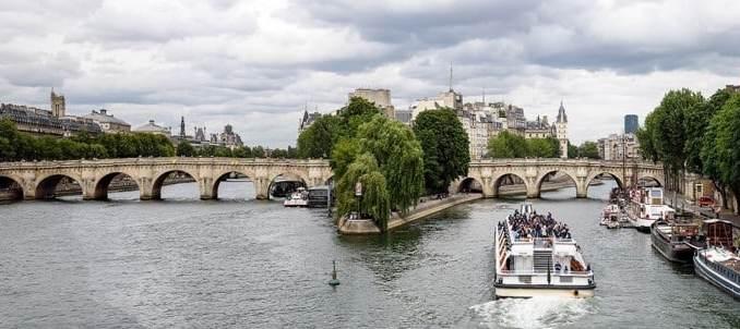 Çocuklarla Paris Seyahati