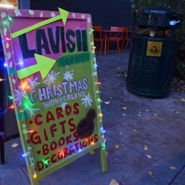 lavish sign