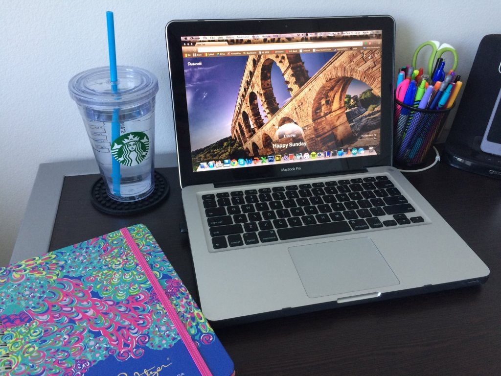 25 College Productivity Tips + FREE Printable