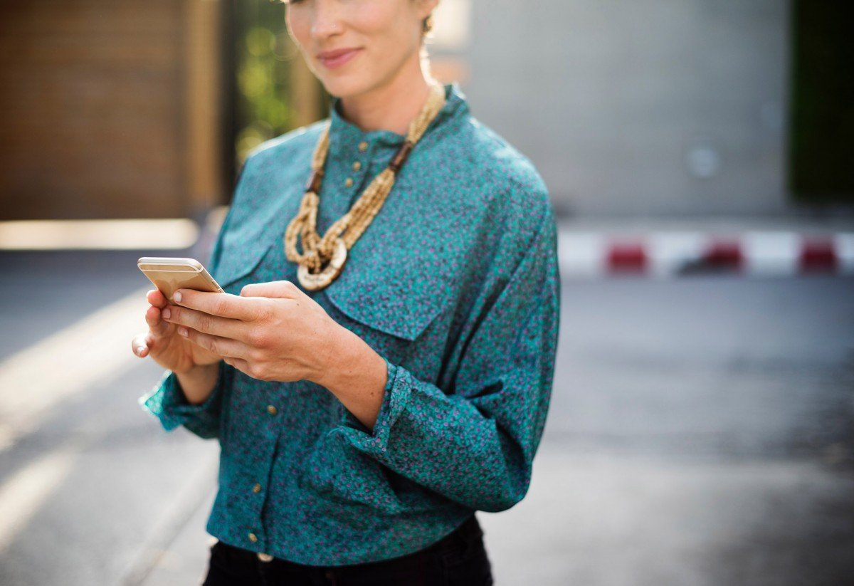 6 Easy Side Hustles For Students | College Tips | Hayle Olson | www.hayleolson.com
