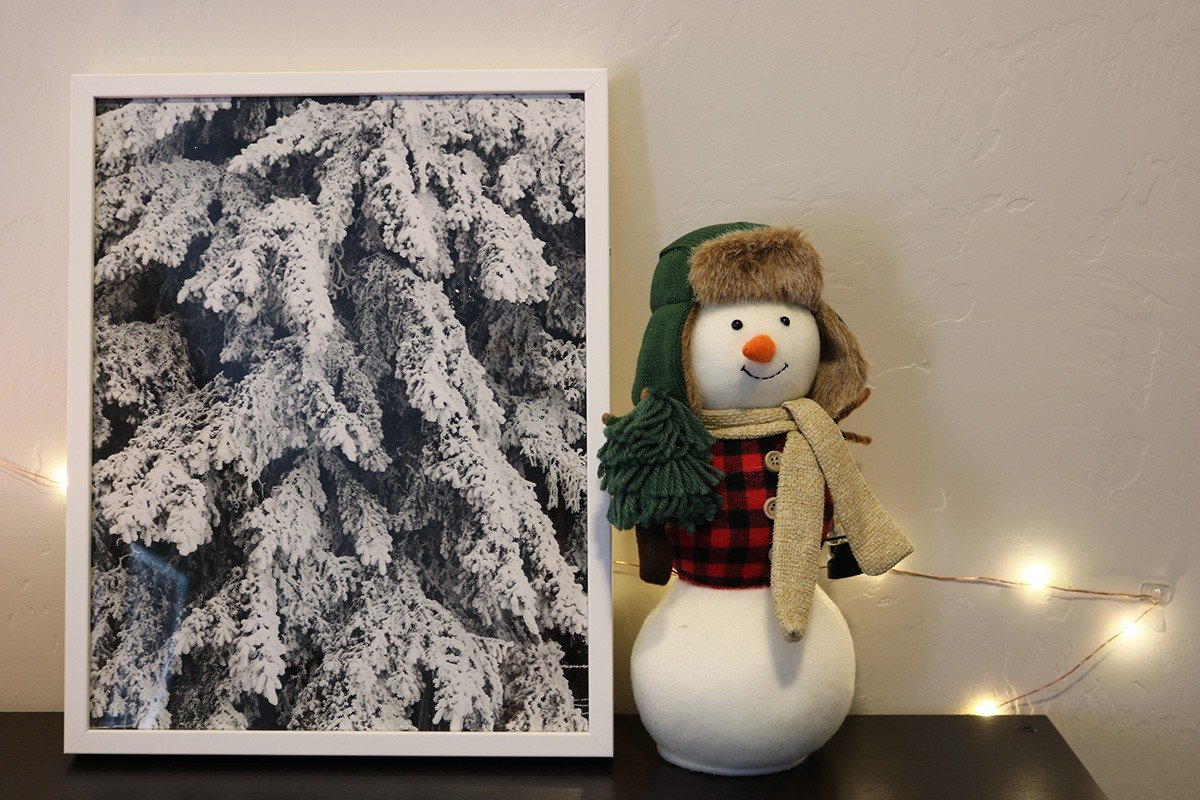 Decorating For Christmas: Fine Art