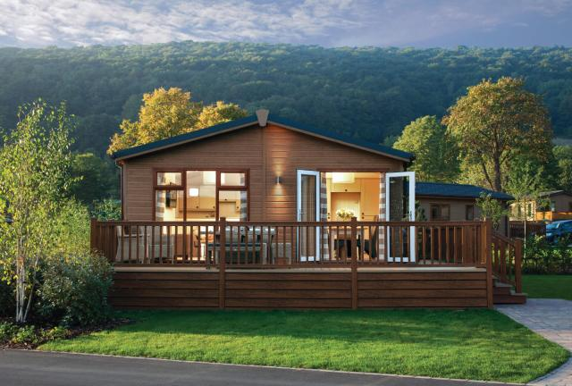 cheddar woods - lodges