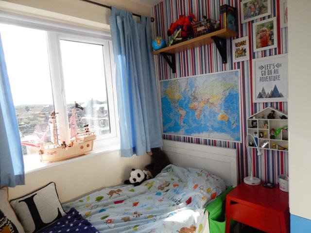 Little Adventurer Boy's Bedroom (12 of 13)