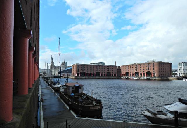 Albert Dock 24