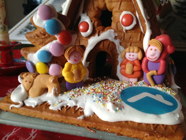 gingerbread-cottage