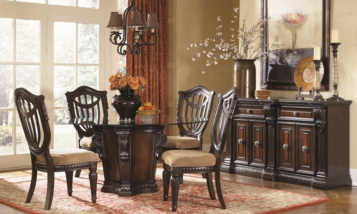 Grand Estates 5-Piece Round Old World Dining Set