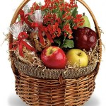cesta de fruta y frutos secos para regalo