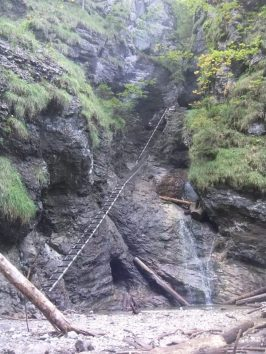 Száraz-Fehér-víz-szurdok: Tálacska-vízesés