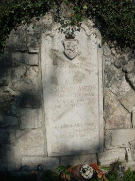 Magyar síremlék Nedecen