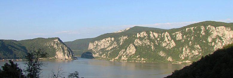 Al-Duna – Kilépés a Vaskapun