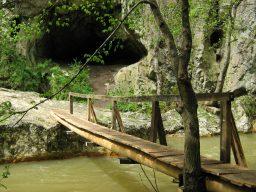 Vargyas-szoros - Locsur barlang