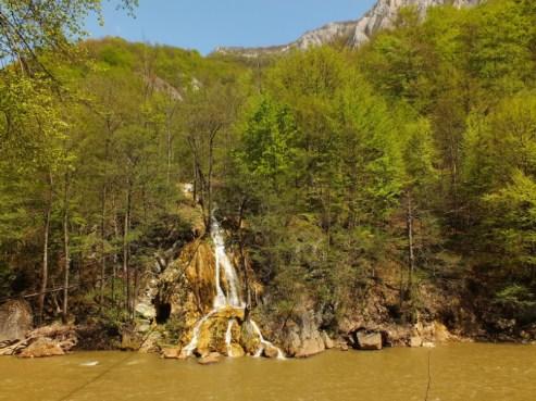 Sipote alsó vízesés