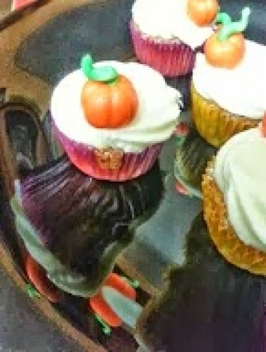 cropped-8c32f-cupcakecalabaza2.jpg
