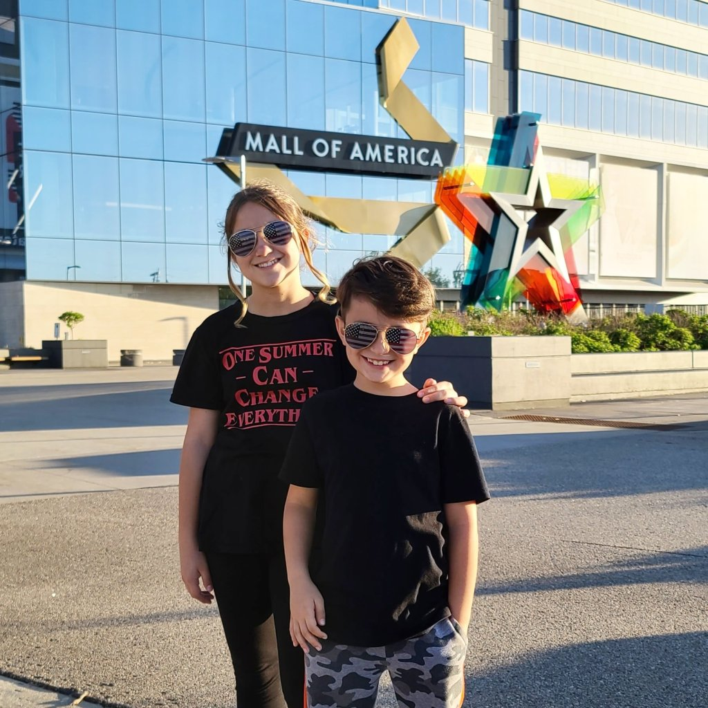mall of america www.hazeleyesmom.com