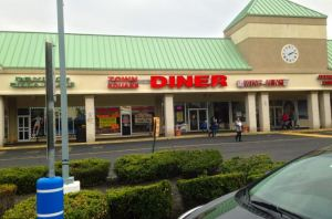 Town Square Diner - 12