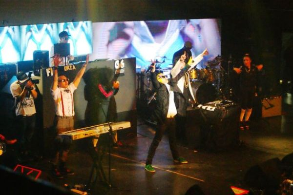 Konsert Far East Movement 4