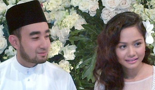 Pertunangan Liyana Jasmay & Fathuddin 1