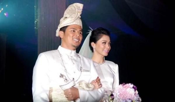 Majlis Resepsi Perkahwinan Scha Dan Awal 1