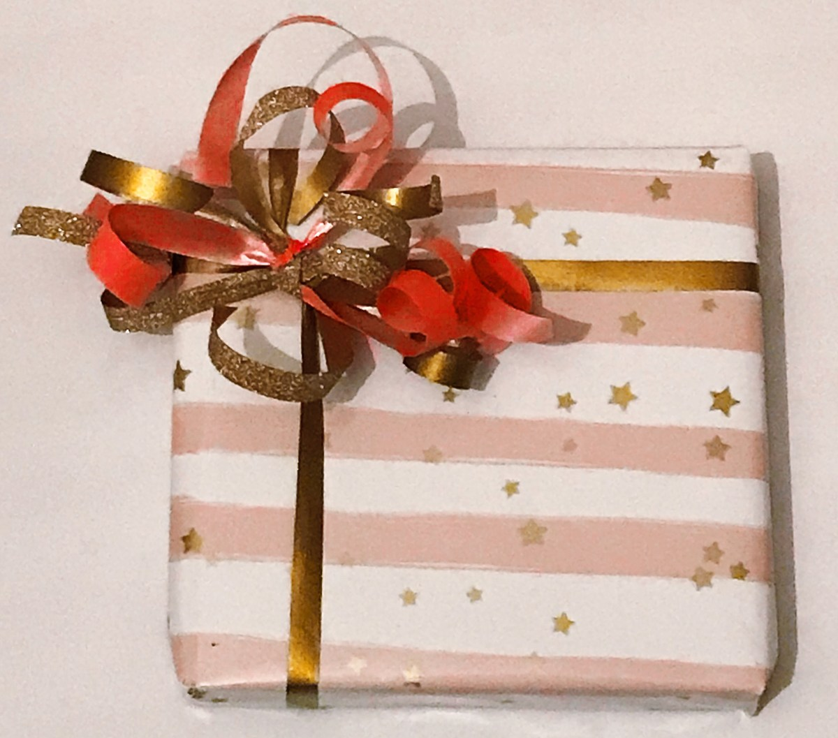 Stars and pink stripes pink n gold curling ribbon