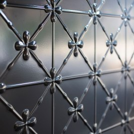 Hampton Style Pressed Metal Splashback | Helen Baumann Design