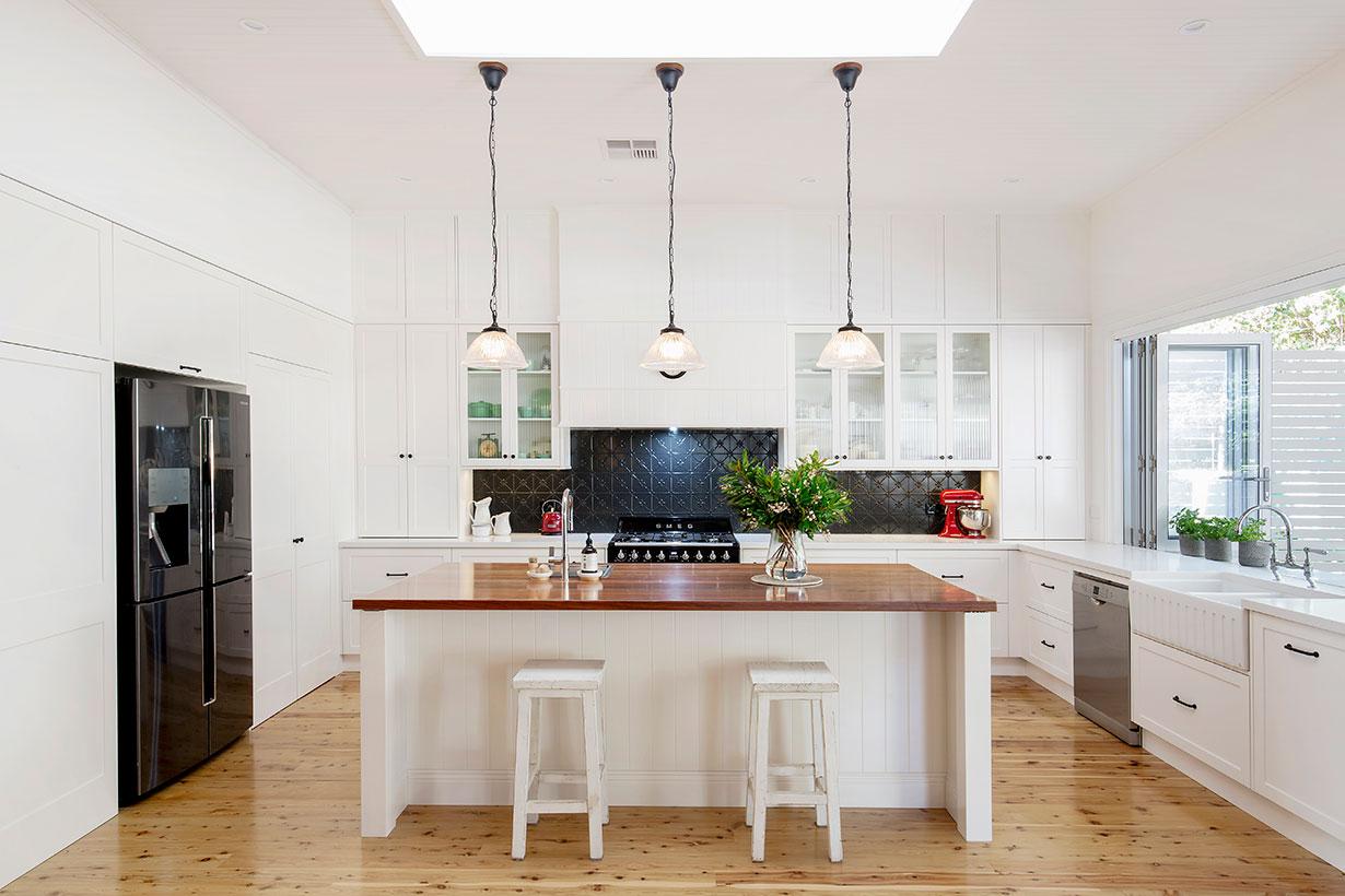 Terrific Kitchen Designer Northern Beaches Helen Baumann Design Home Interior And Landscaping Palasignezvosmurscom