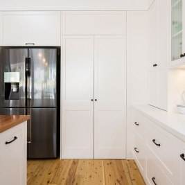 Hamptons Style Kitchen Storage | Helen Baumann Design