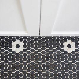 Black & White-Bathroom | Helen Baumann Design
