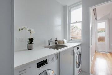 Contemporary Laundry | Helen Baumann Design