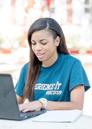 Bethune-Cookman University Student Fills Out Graduate Online Application.