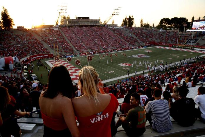 Fresno State, Bulldog Stadium