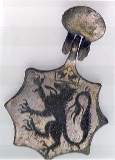 Make A Medieval Horse Harness Pendant Crafty Idea