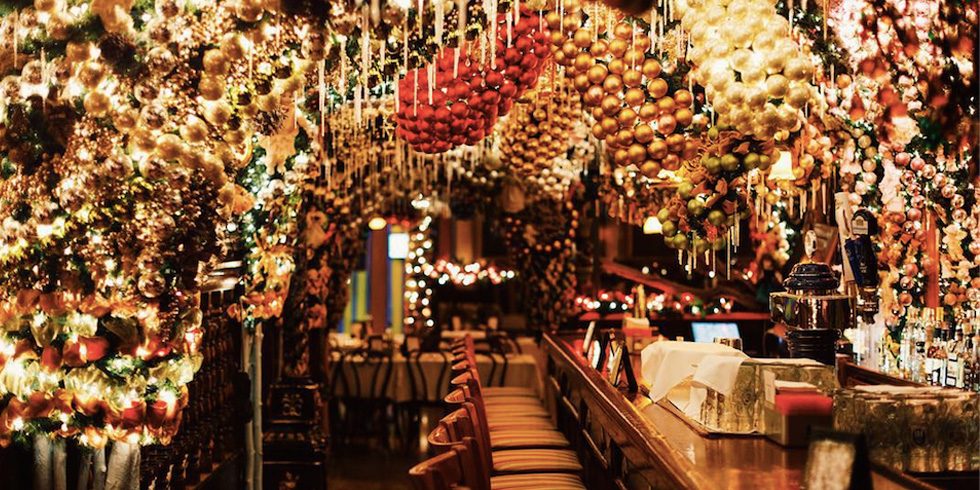 Rolf's German Restaurant Christmas Decorations