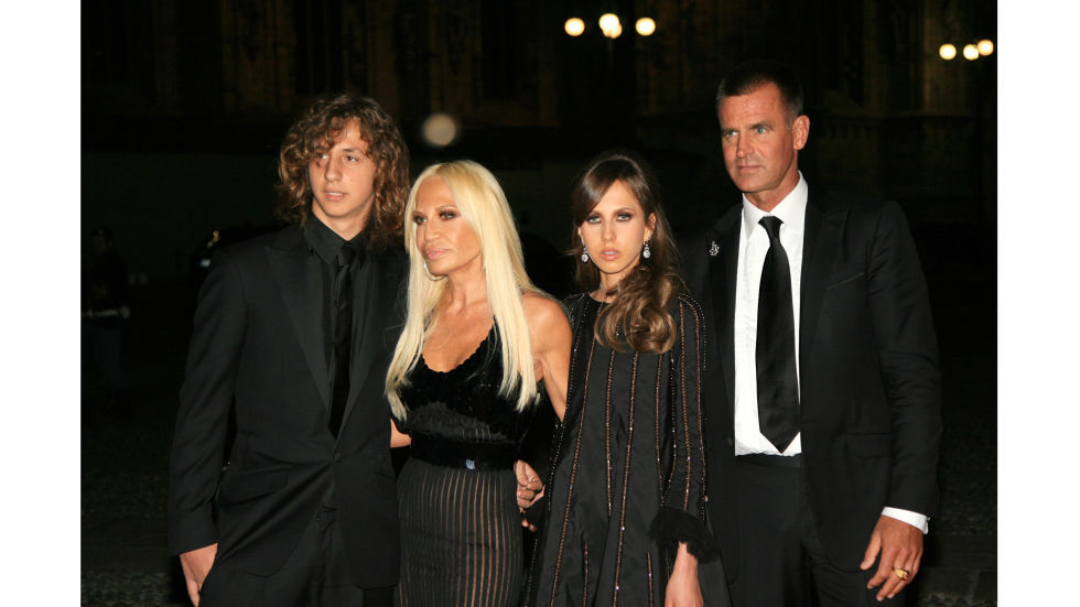Donatella Versace currently runs the house of Versace, taking over the business after her brother and founder Gianni Versace passed away tragically. Gianni built a booming business (which he founded in 1978) in the '80s and '90s and the company now flourishes under Donatella's leadership.